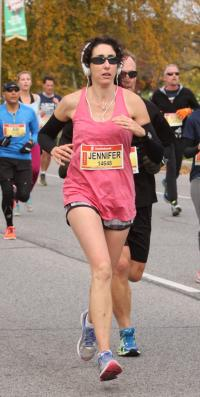 Jennifer racing the 2014 Scotiabank Waterfront Half Marathon in 1:36.16!