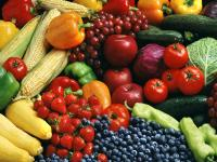 People who increased their intake of fruits, veggies and other healthy foods maintained their weight, or even lost a little, over time.